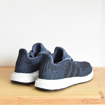ADIDAS SWIFT RUN BLEU  ADIDAS