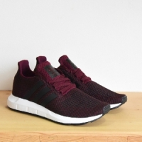 ADIDAS SWIFT RUN BORDEAUX ADIDAS